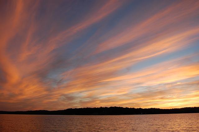 sunset-1583452_640