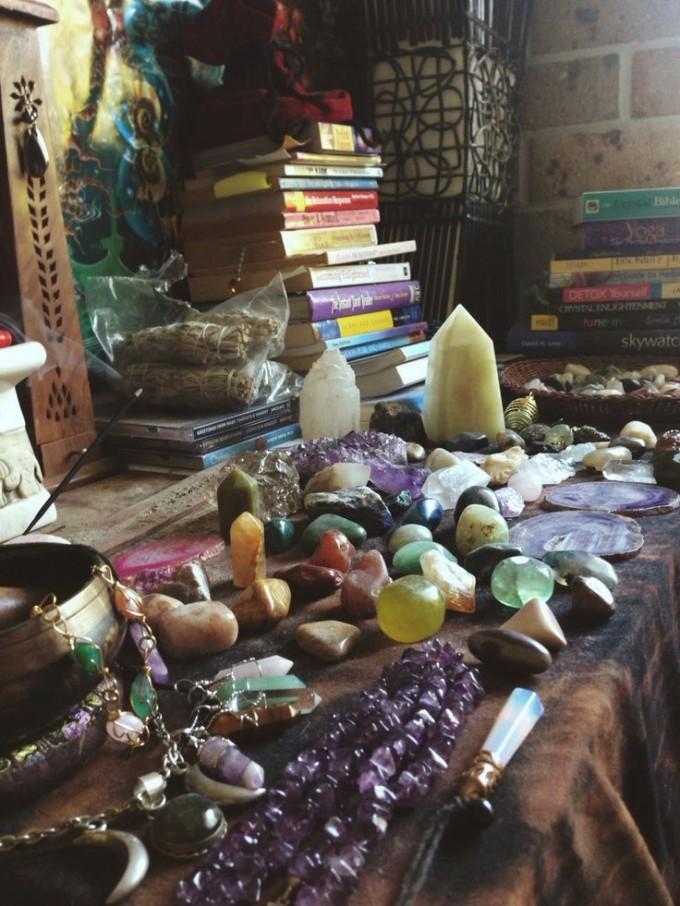 altar crystals